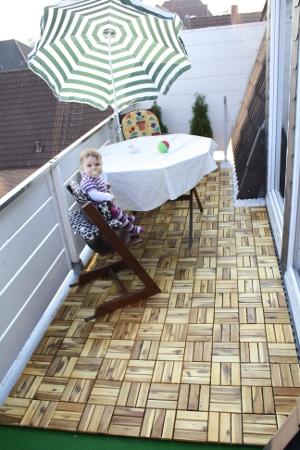 Balkon nach dem Tuning (mit Elena)